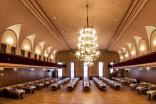 Divadelní sál, stoly