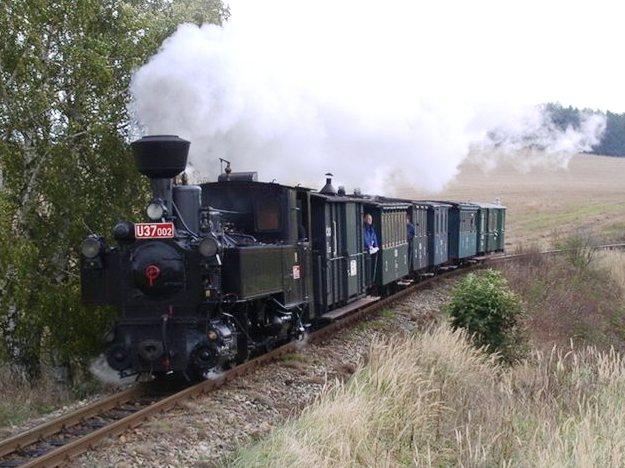 Parní vlak, obrázek se otevře v novém okně
